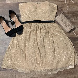 Strapless Champagne Lace Dress 🤩